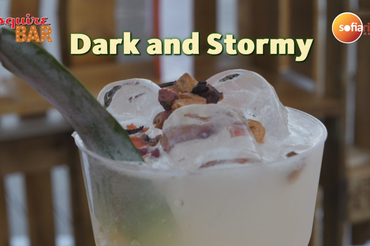 Esquire Bar – Dark and Stormy